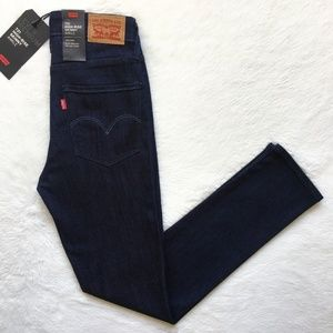 Levis 721 High Rise Skinny Dark Wash Sculpt Jeans